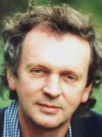 Rupert Sheldrake, distributed under a public domain license.